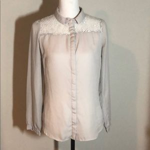 💞 Lace back romantic blouse cuffed vintage style